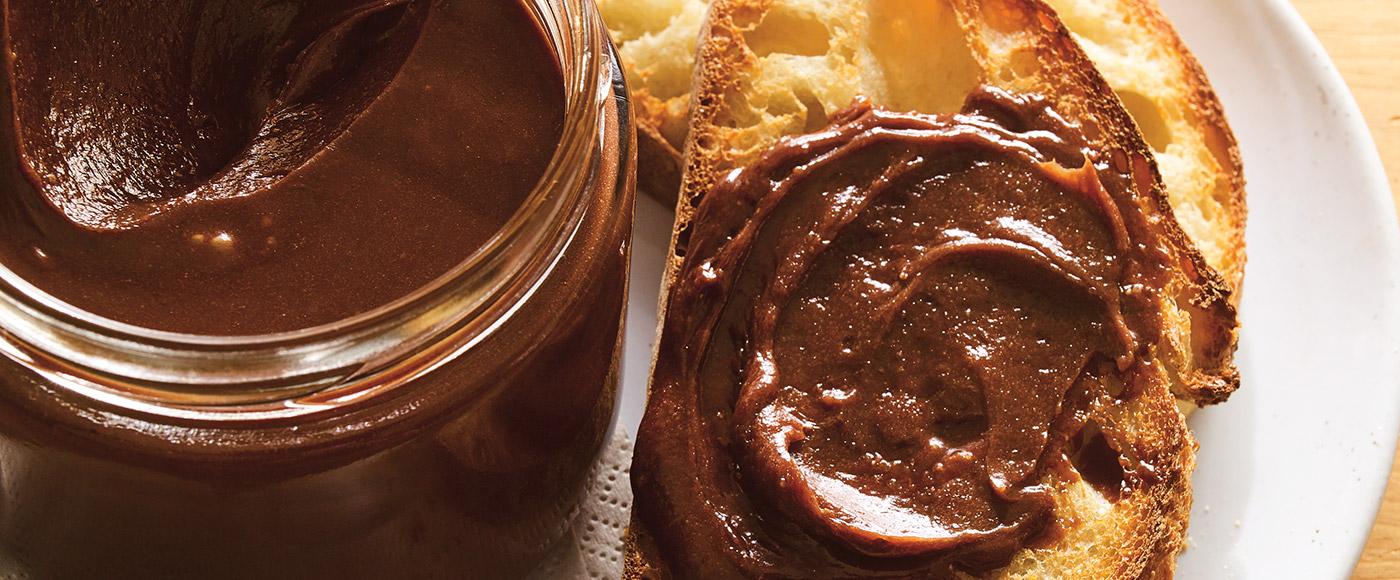 How to Make the Best Chocolate Hazelnut Spread