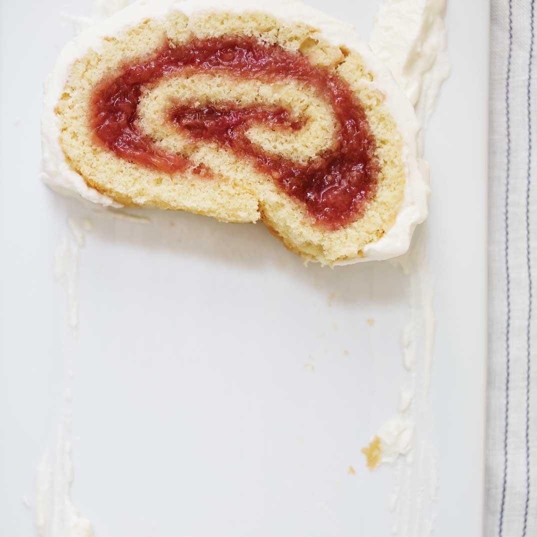 Rhubarb Jellyroll Cake