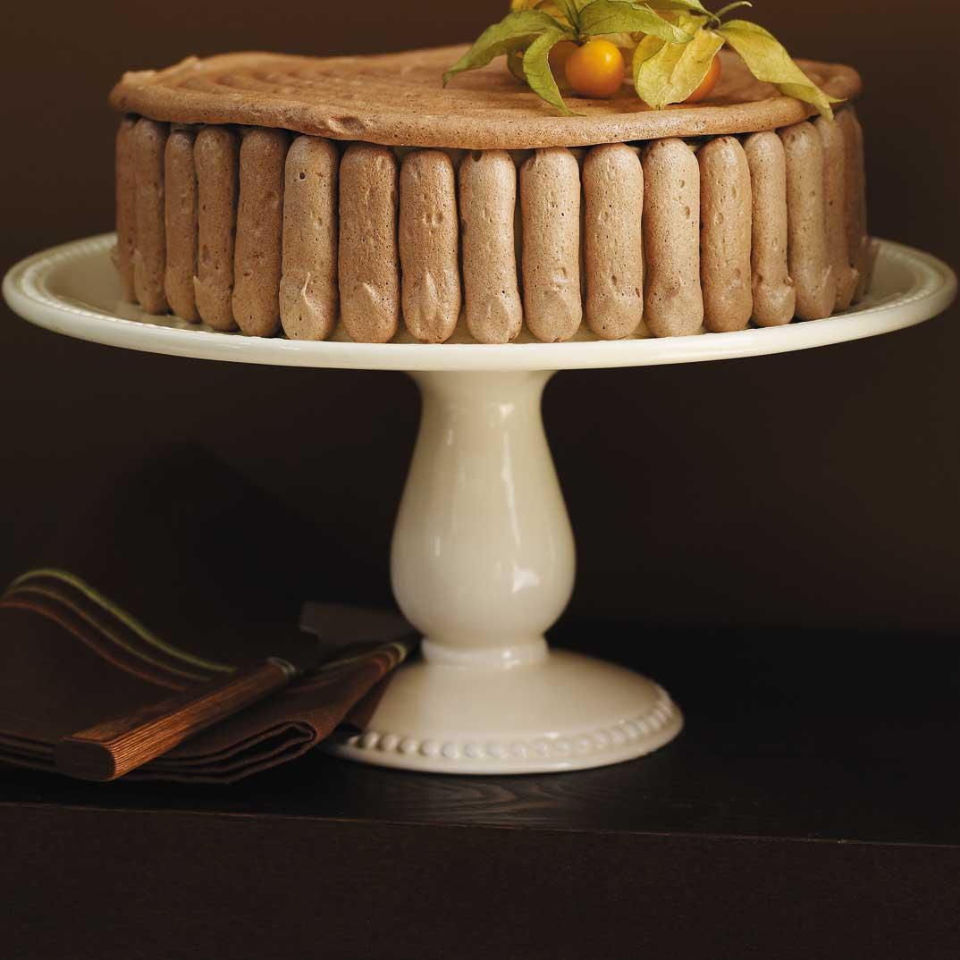 Gâteau au café et meringue au chocolat