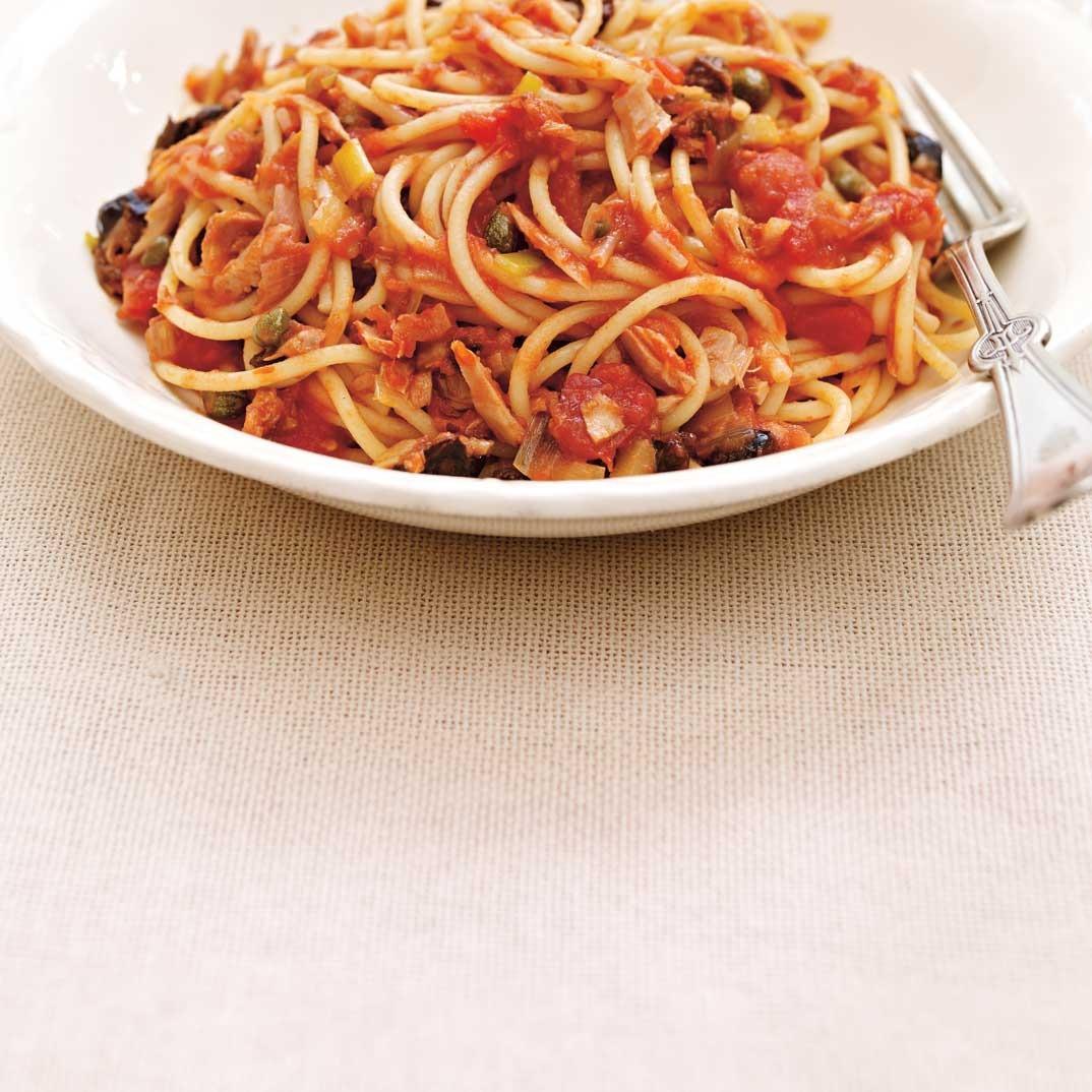 Quick and Easy Tomato and Tuna Spaghetti
