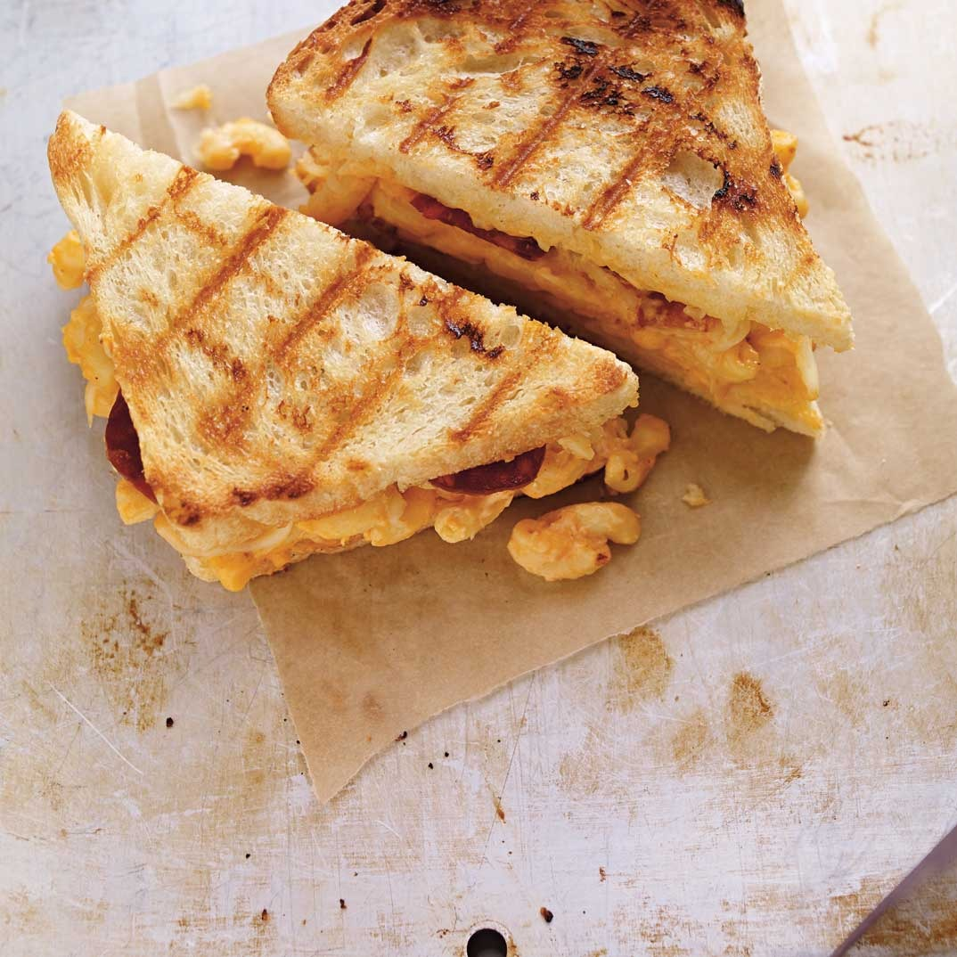 Mac&Cheese Grilled Cheese
