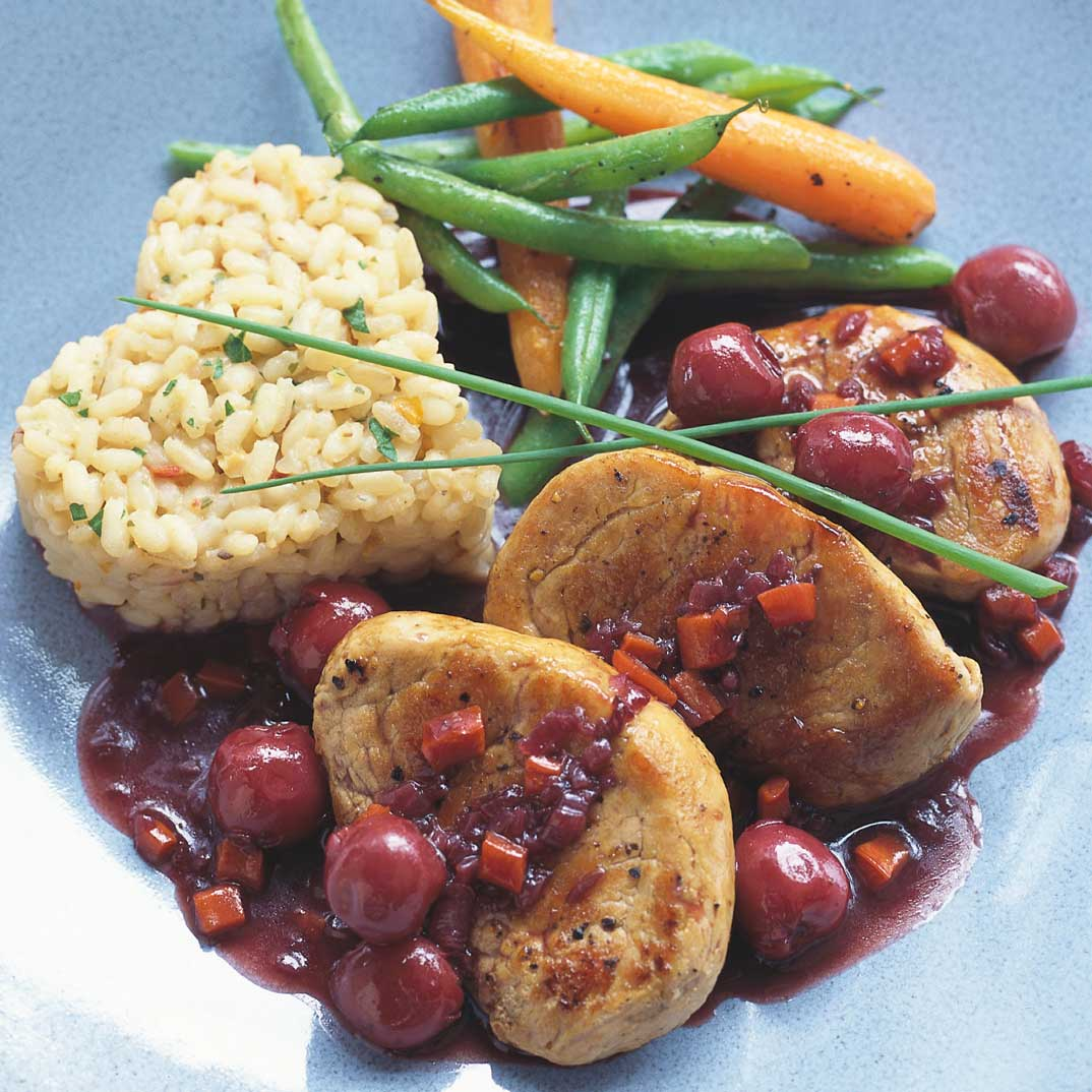 Pork Medallions with Cherry and Spice Sauce