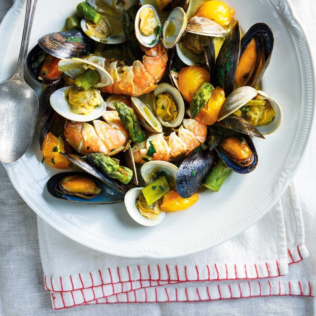 Casserole de fruits de mer au safran ricardo for Articles de cuisine de ricardo