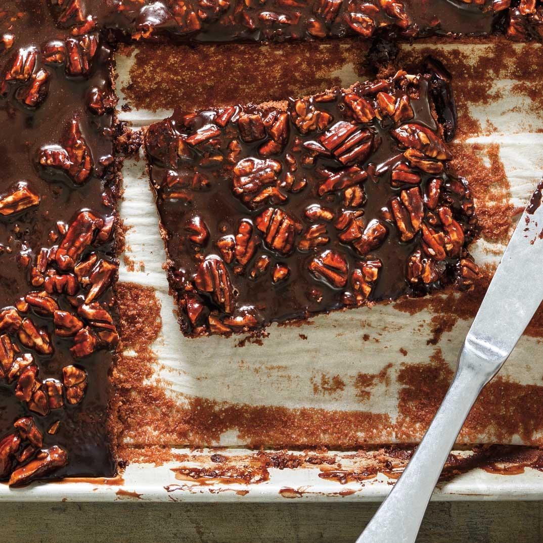 Gâteau plaque au chocolat (<i>Texas Sheet Cake</i>)