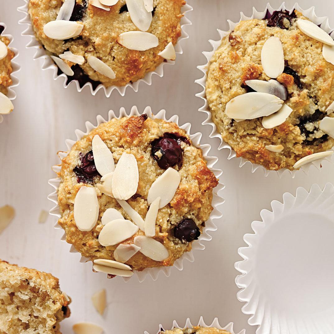 Muffins aux pommes et aux bleuets