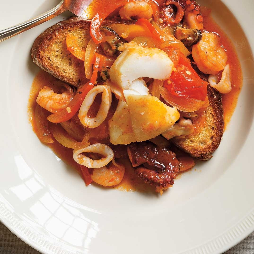 Fish and Bell Pepper Casserole <i>(Cacciucco alla livornese)</i>