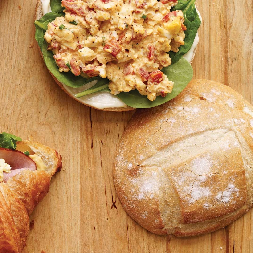 Egg and Roasted Bell Pepper Sandwiches