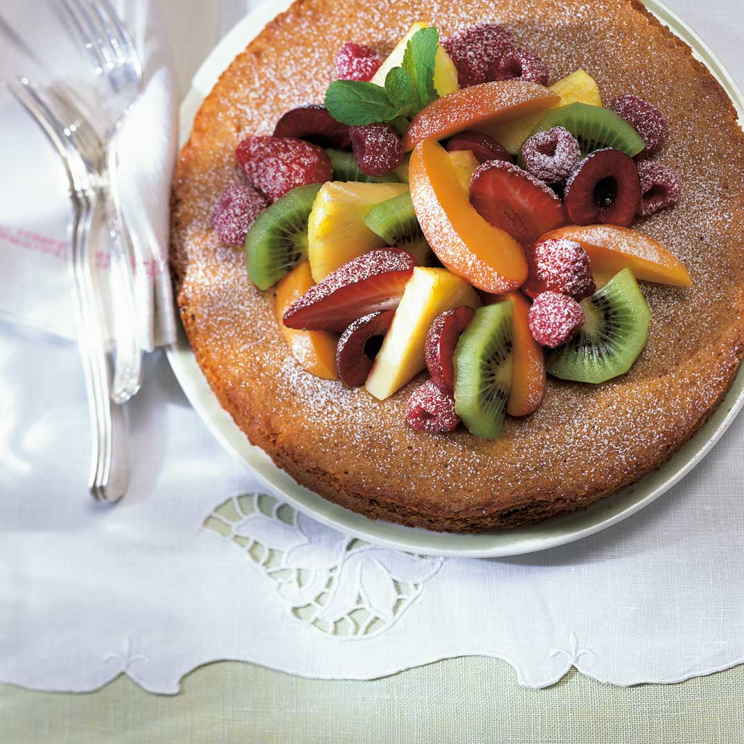 Torte italienne aux fruits, à l'huile d'olive et au vinaigre balsamique