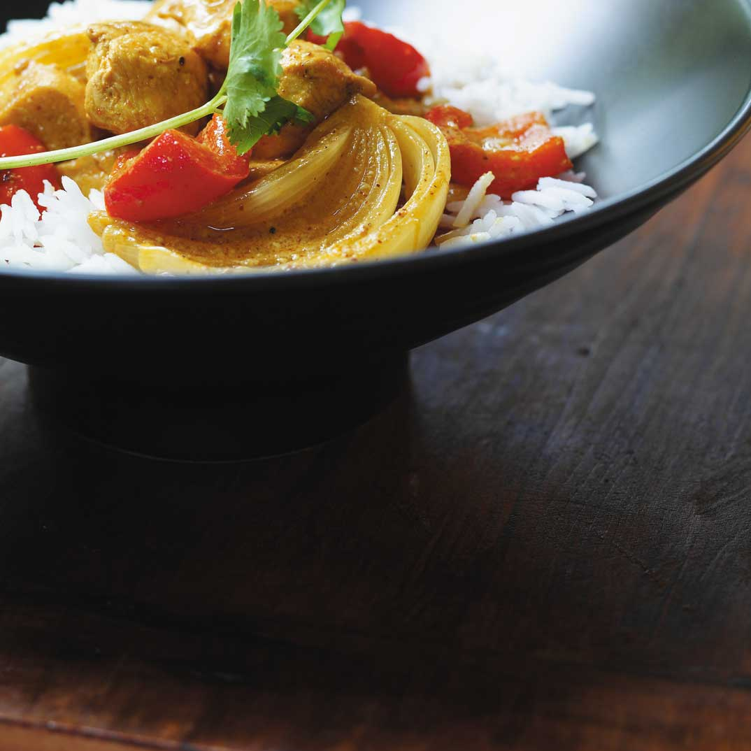 Chicken Curry with Red Peppers and Coconut Milk