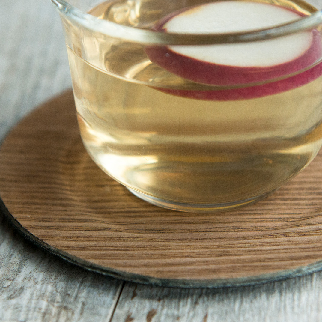 Hot Cider with Cinnamon
