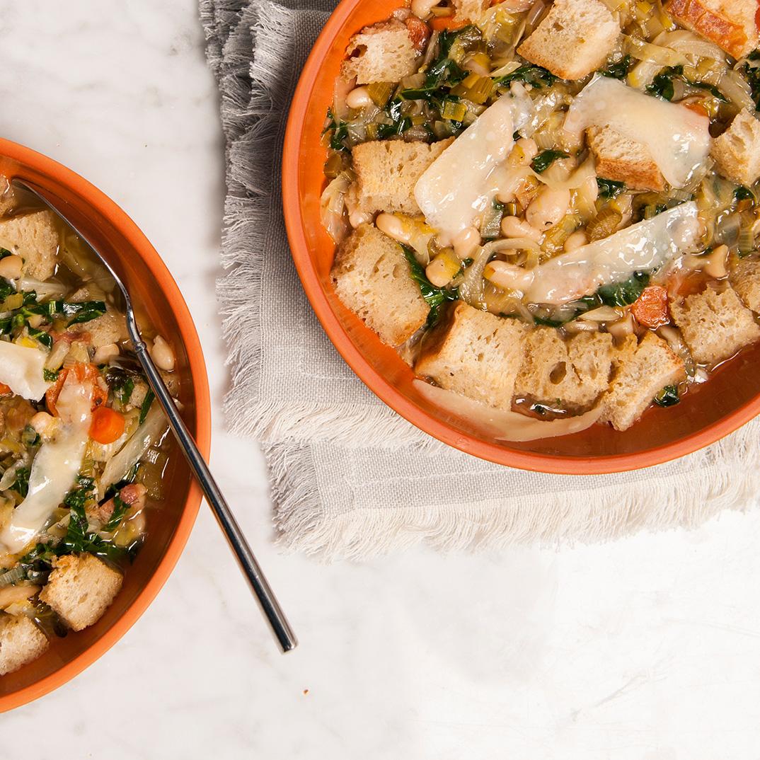 Soupe Ribollita de Toscane (Pour apprêter un reste de pain sec)