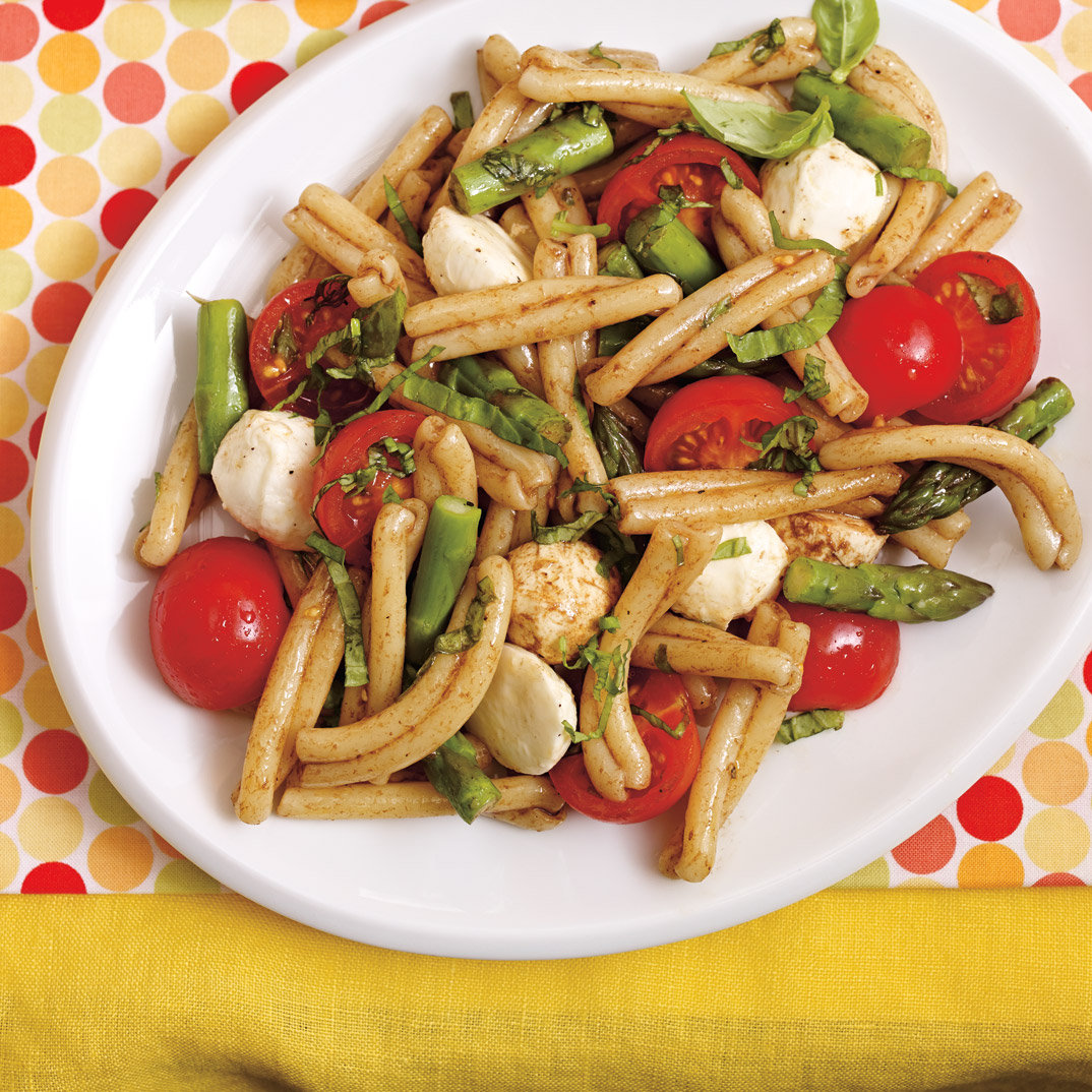 Asparagus and Bocconcini Pasta Salad