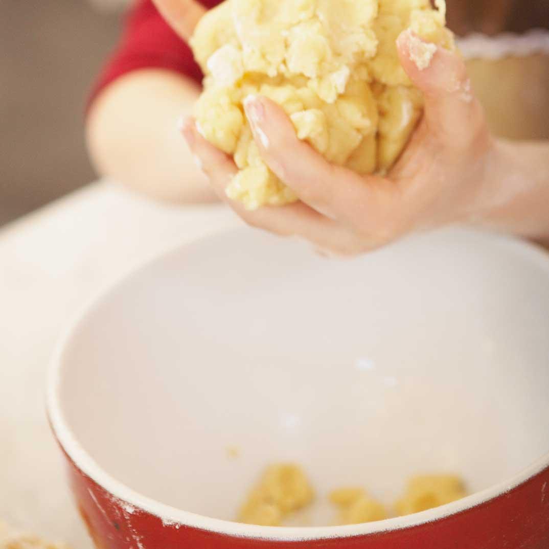 Créer de la pâte à modeler avec des ingrédients du garde-manger