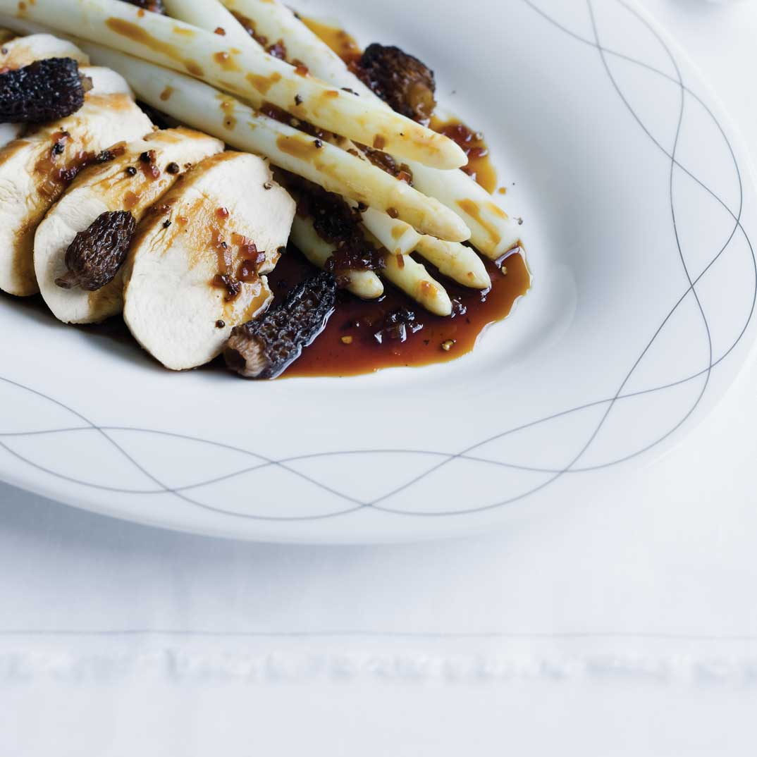 Chicken with Morels and White Asparagus