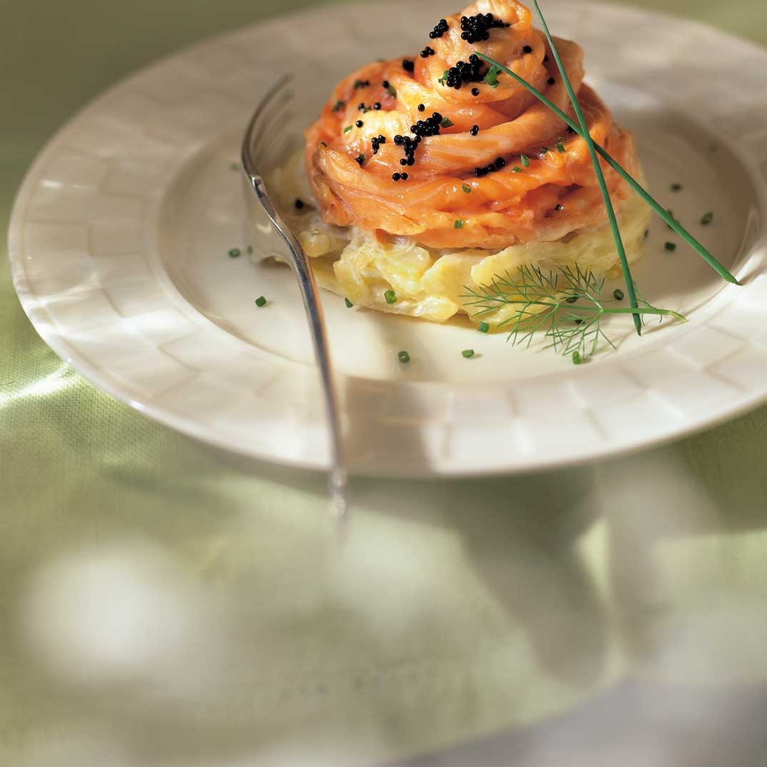 Salmon Rosettes with Fennel in Cream Sauce