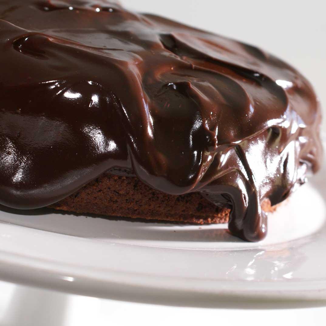 Egg, dairy and nut-free chocolate cake
