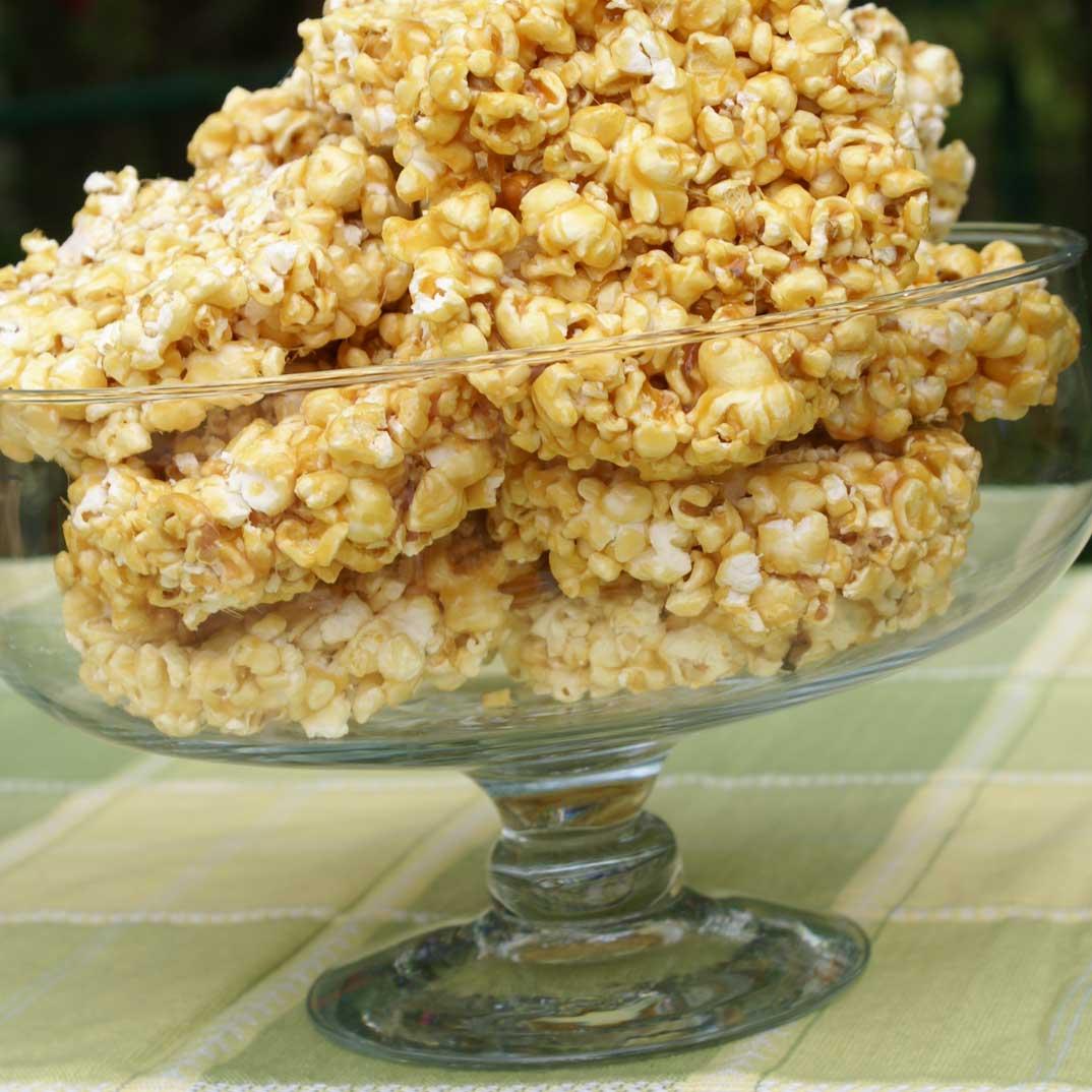 Caramel Popcorn Cakes