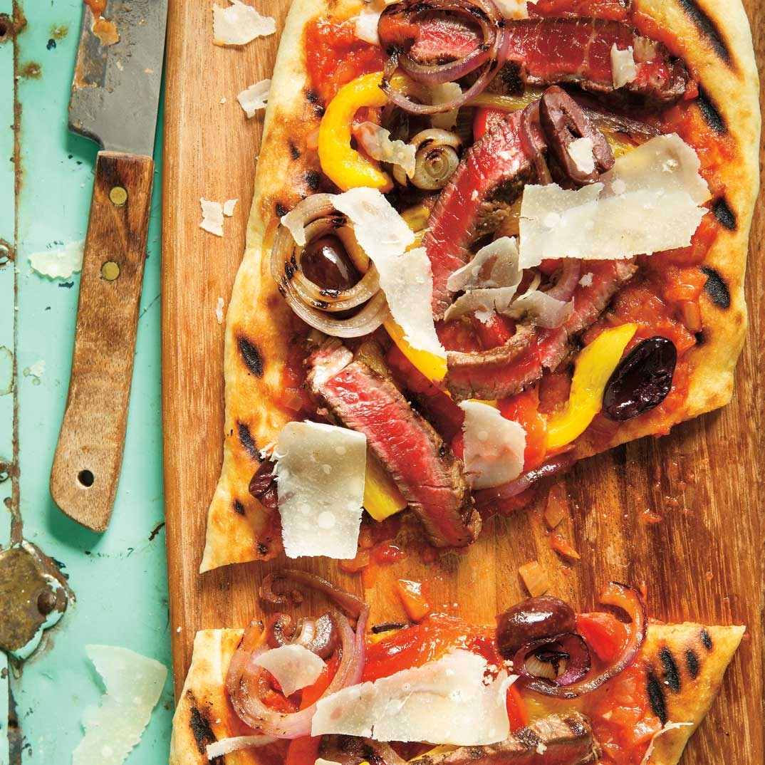 Beef and Bell Pepper Grilled Pizza