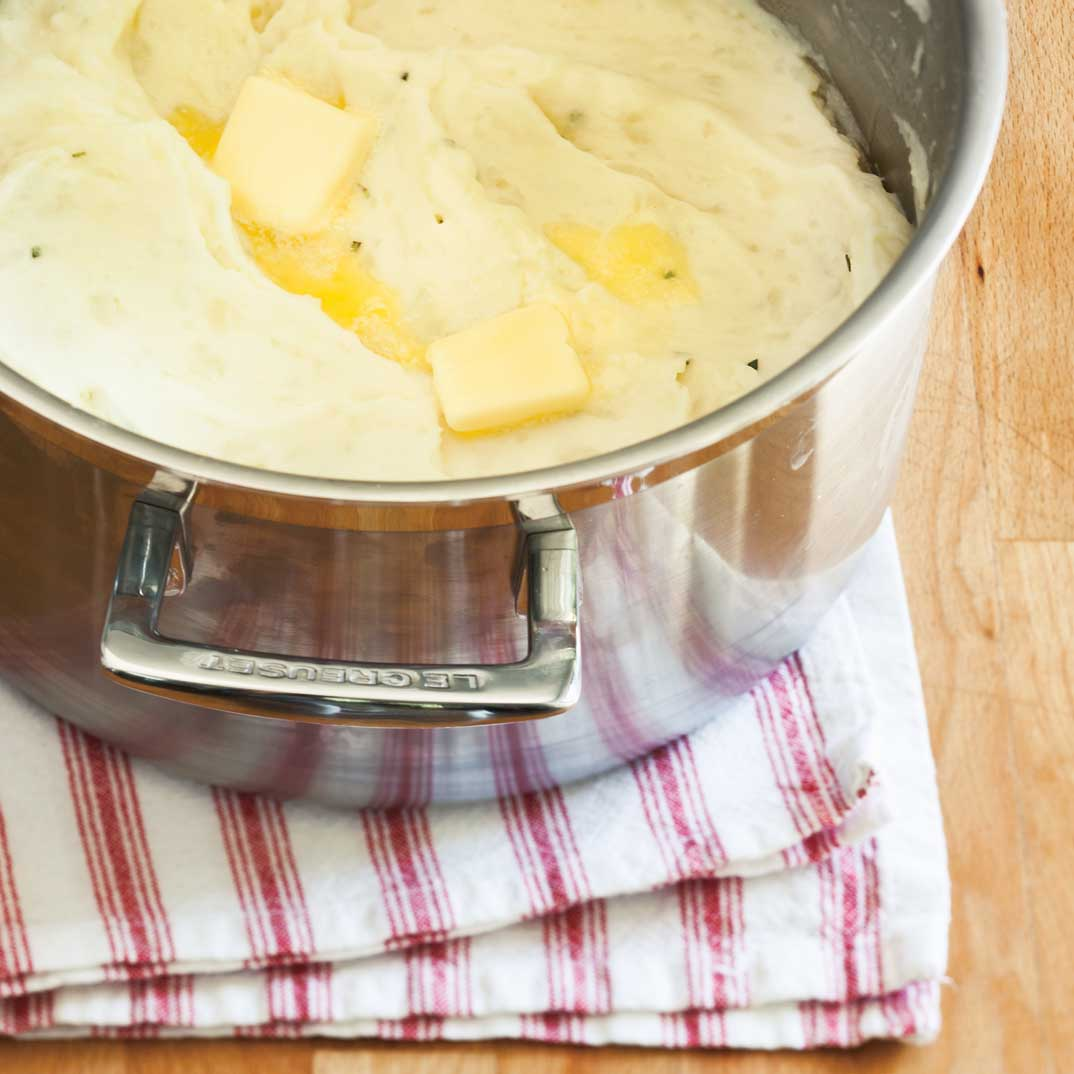 Purée de pommes de terre à l'ail et au romarin