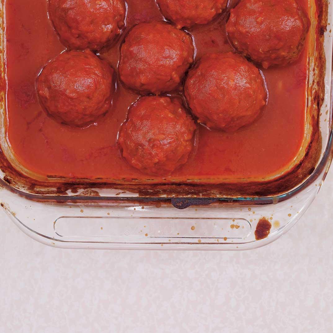 Sauce tomate aux boulettes de viande ricardo - Boulette de viande en sauce ...