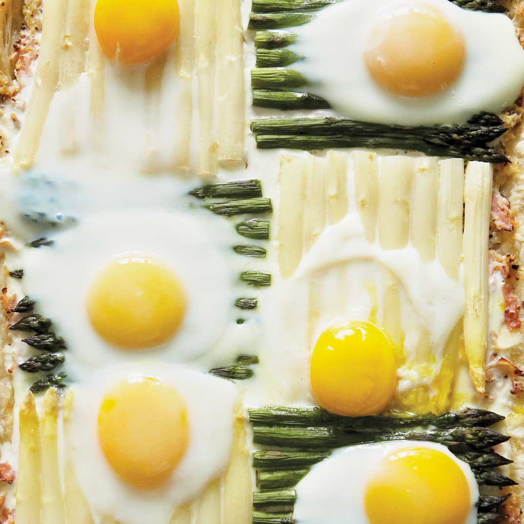 Quilt Pie with Asparagus, Eggs and Ham
