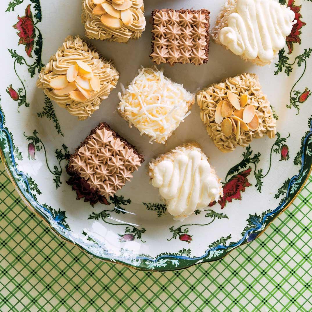 Christmas Moka Cakes (3 flavours)