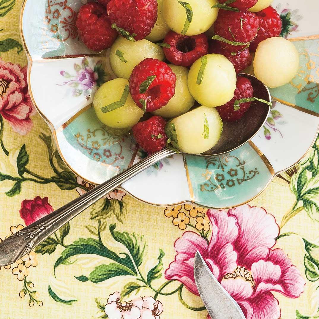 Salade de melon, framboises et menthe