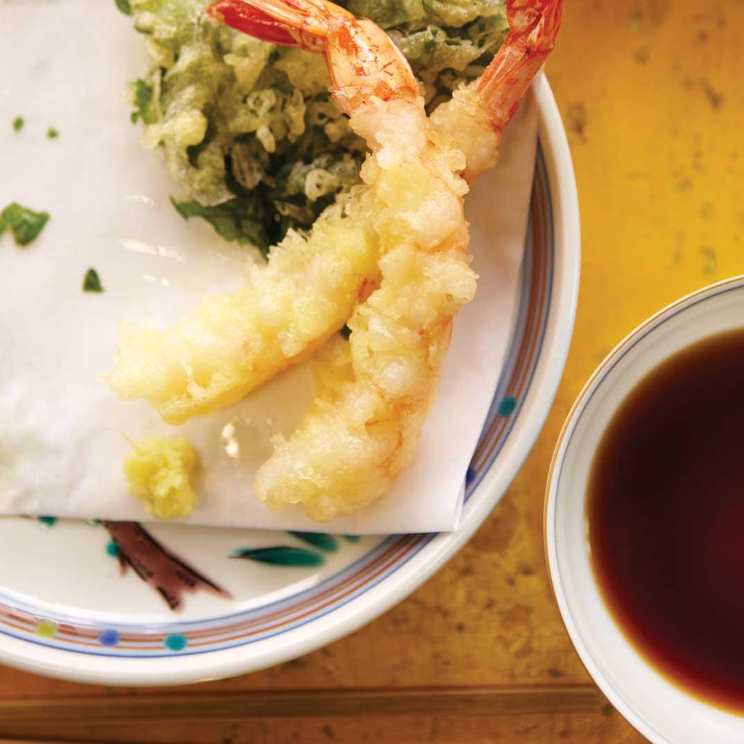 Tempura de légumes et de fruits de mer