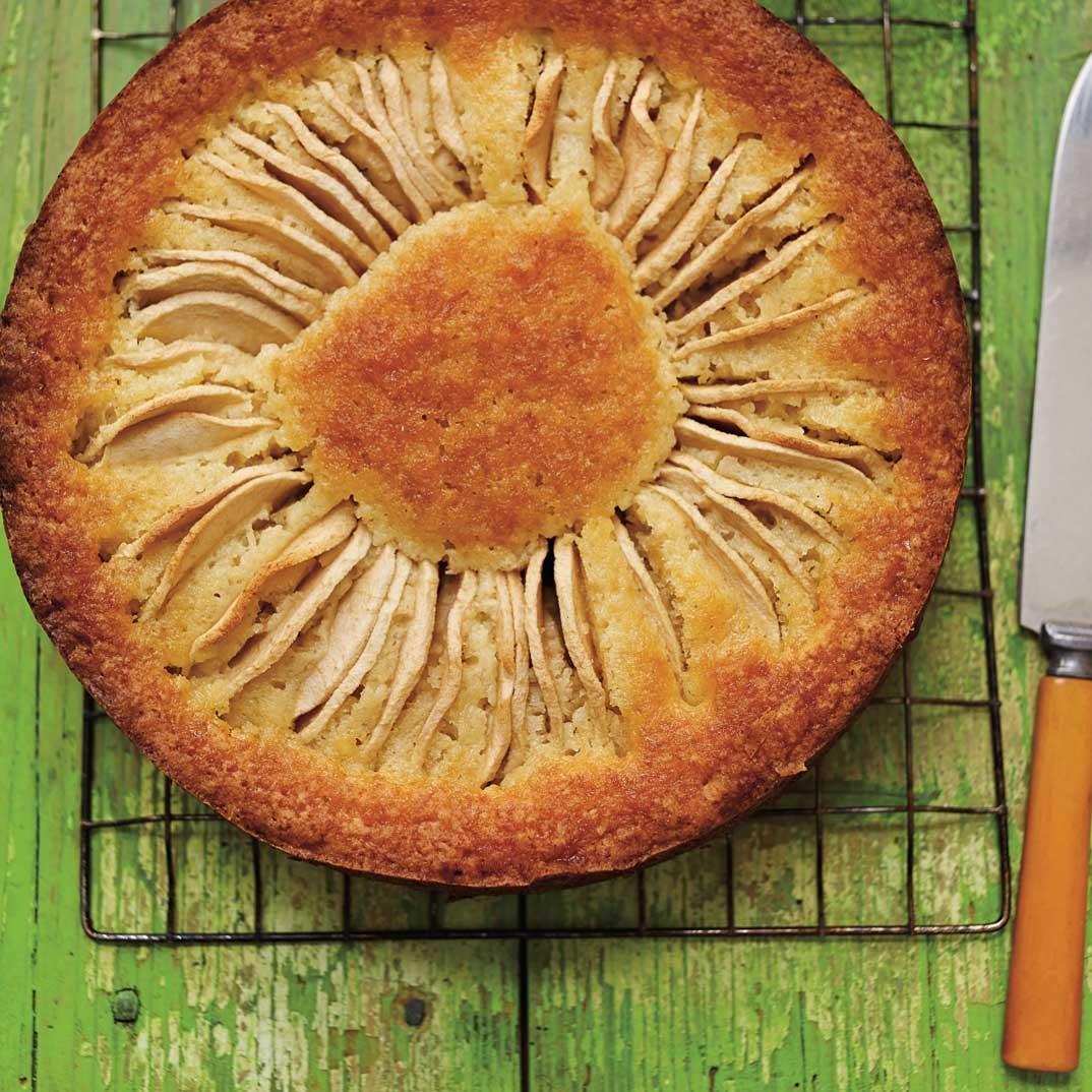 Gâteau <i>kuchen</i> aux pommes
