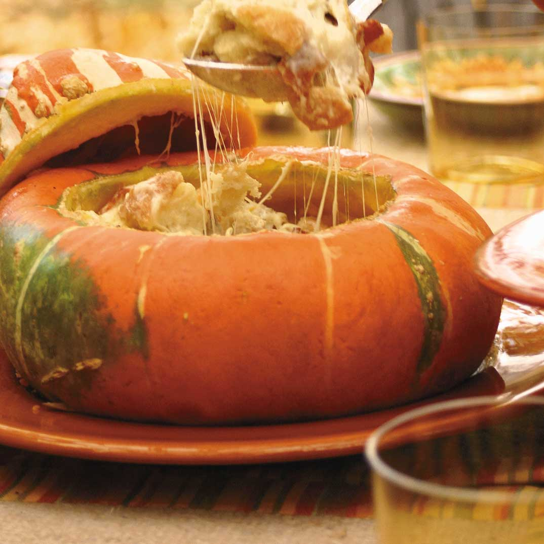 Turban Squash Stuffed with Bread and Cheese