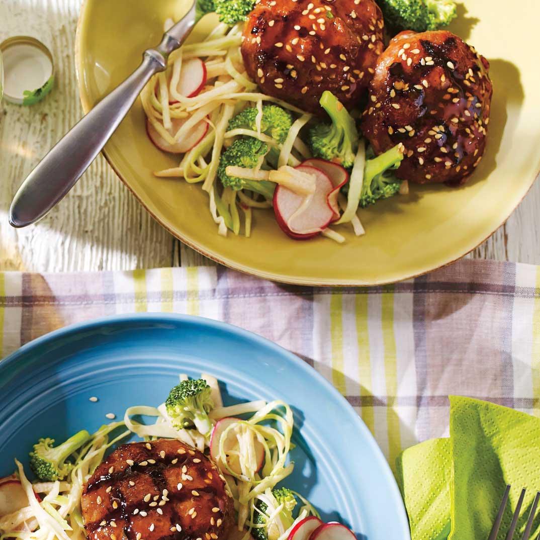 Galettes de veau laquées et salade asiatique