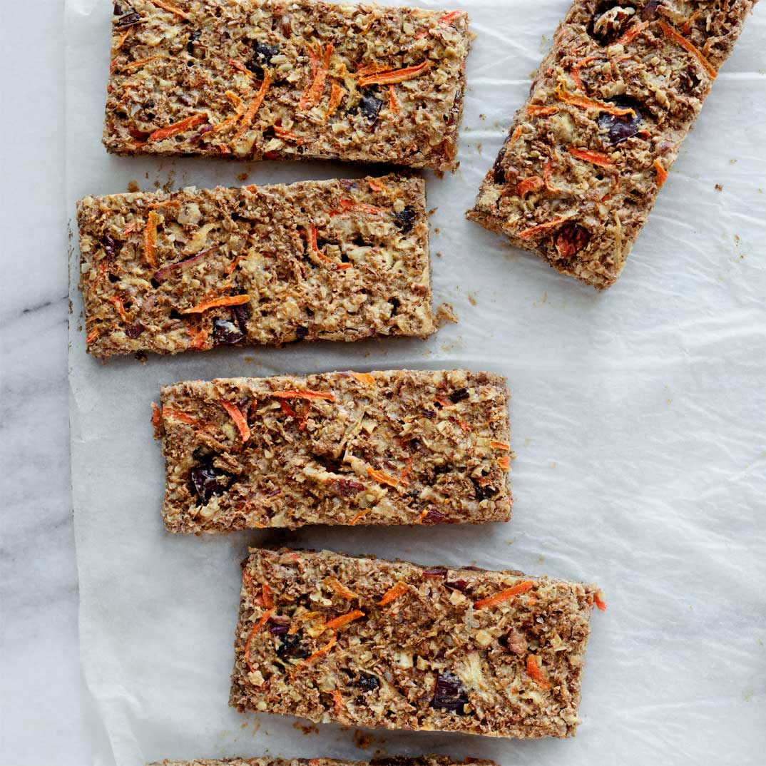 Breakfast Bar with Apple and Carrot