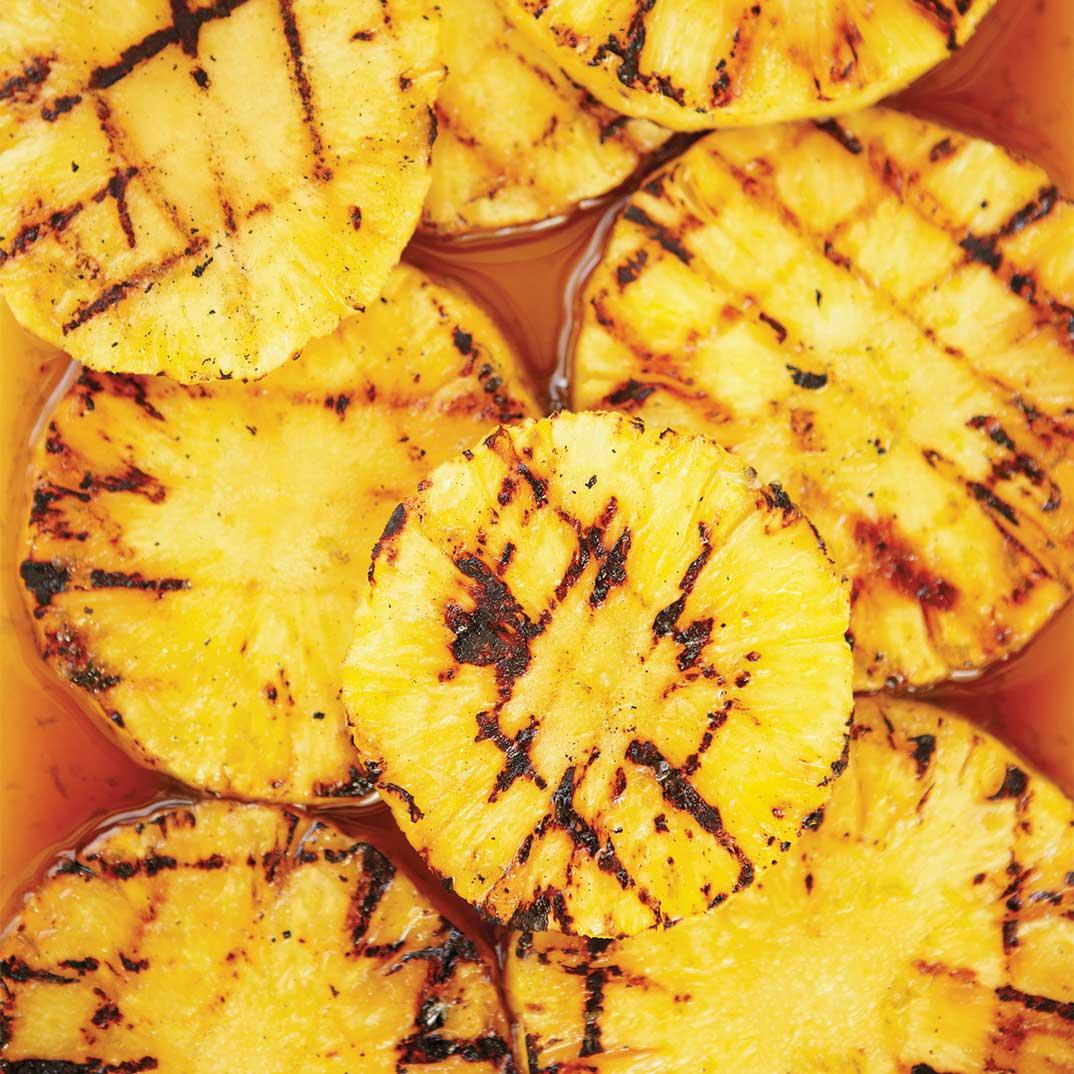 Ananas grillé au lait de coco