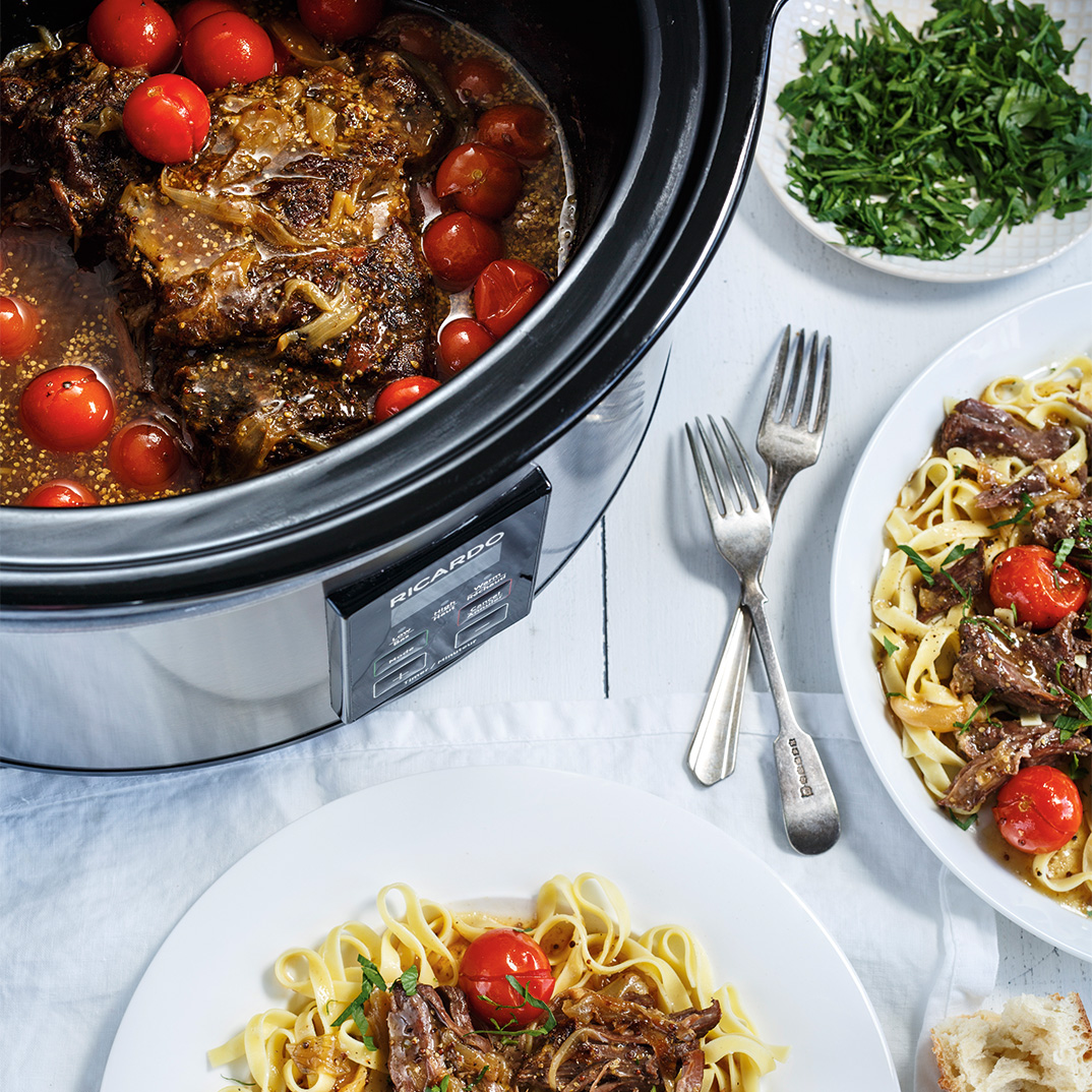 Slow Cooker Stewed Beef and Tomatoes