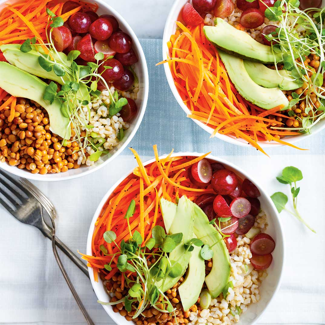 Brown Rice Bowl with Lentils, Carrots and Grapes