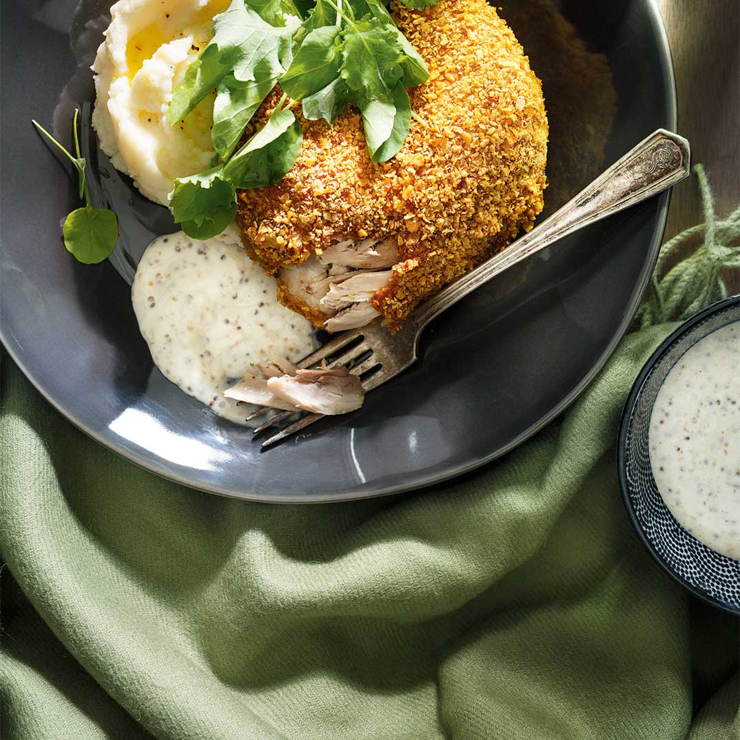 Cornflake-Crusted Chicken Legs