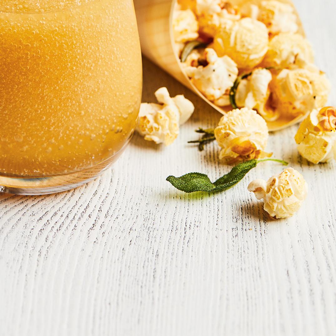 Popcorn sucré-salé aux herbes