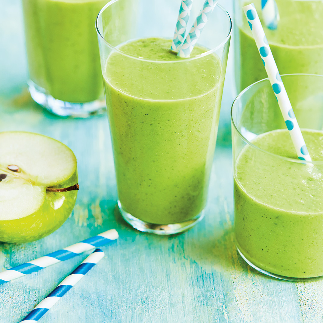 Dairy-Free Apple and Spinach Smoothie
