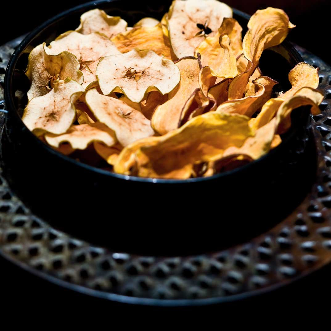 Old, Wrinkled Apples (Oven-Dried Apples Chips)