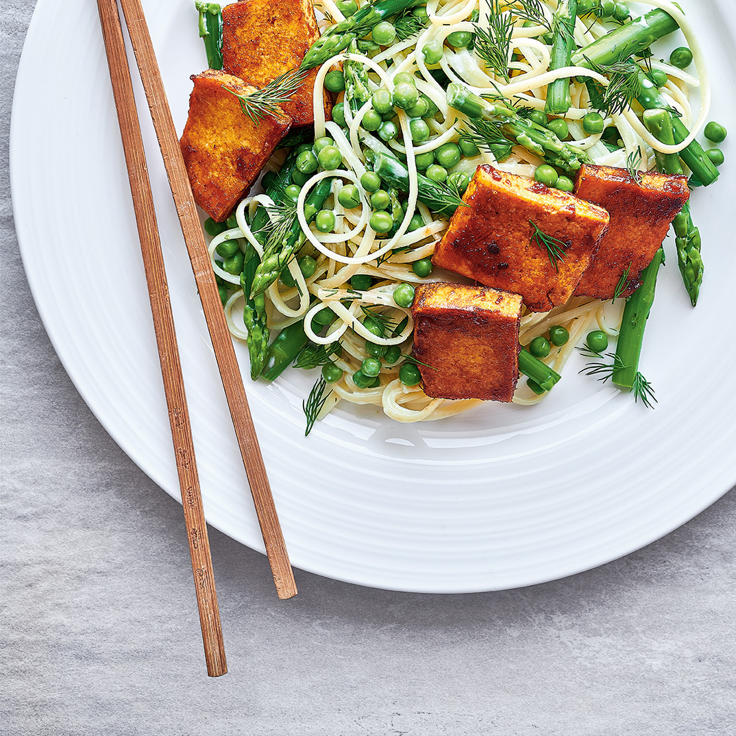 Pasta Salad with Green Vegetables and Barbecue Tofu