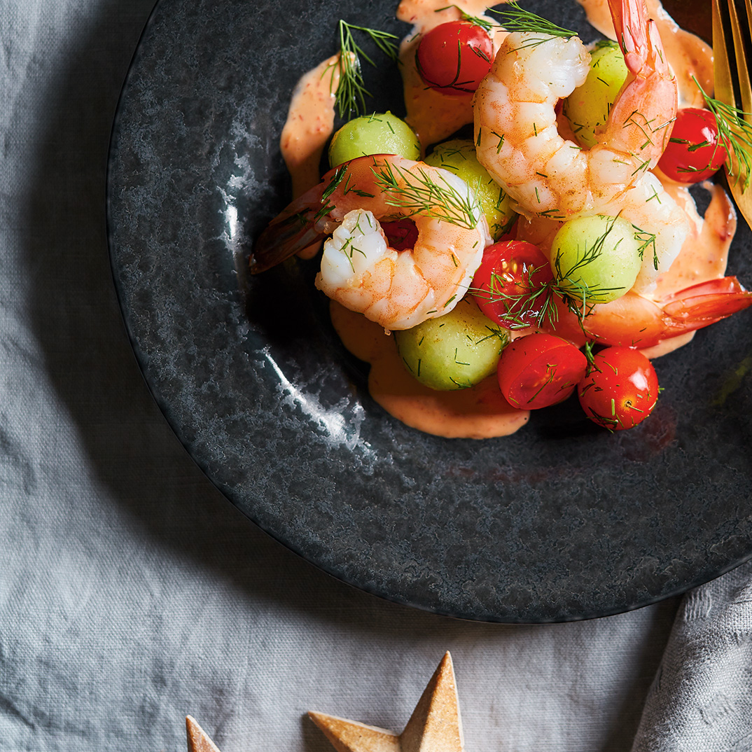 Shrimp Cocktail Salad with Tomato and Honeydew