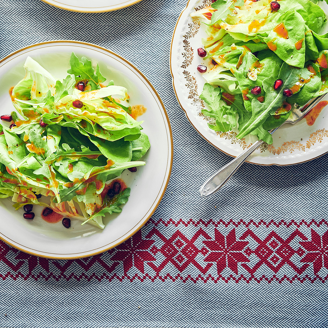 Green Salad with Honey and Spice Dressing