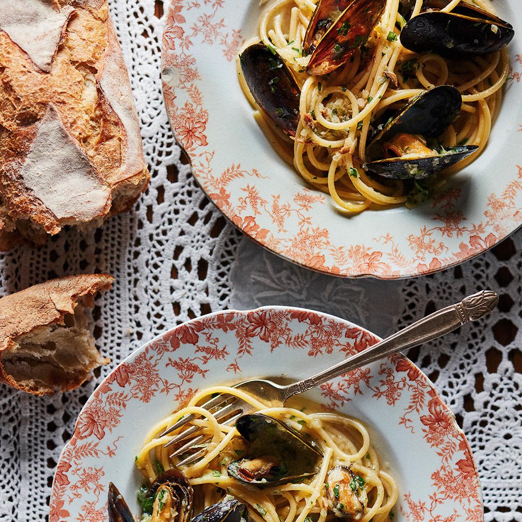 Bigoli Pasta with Melted Onions and Mussels (<i>Bigoli in Salsa Veneziana con Cipolle e Cozze</i>)