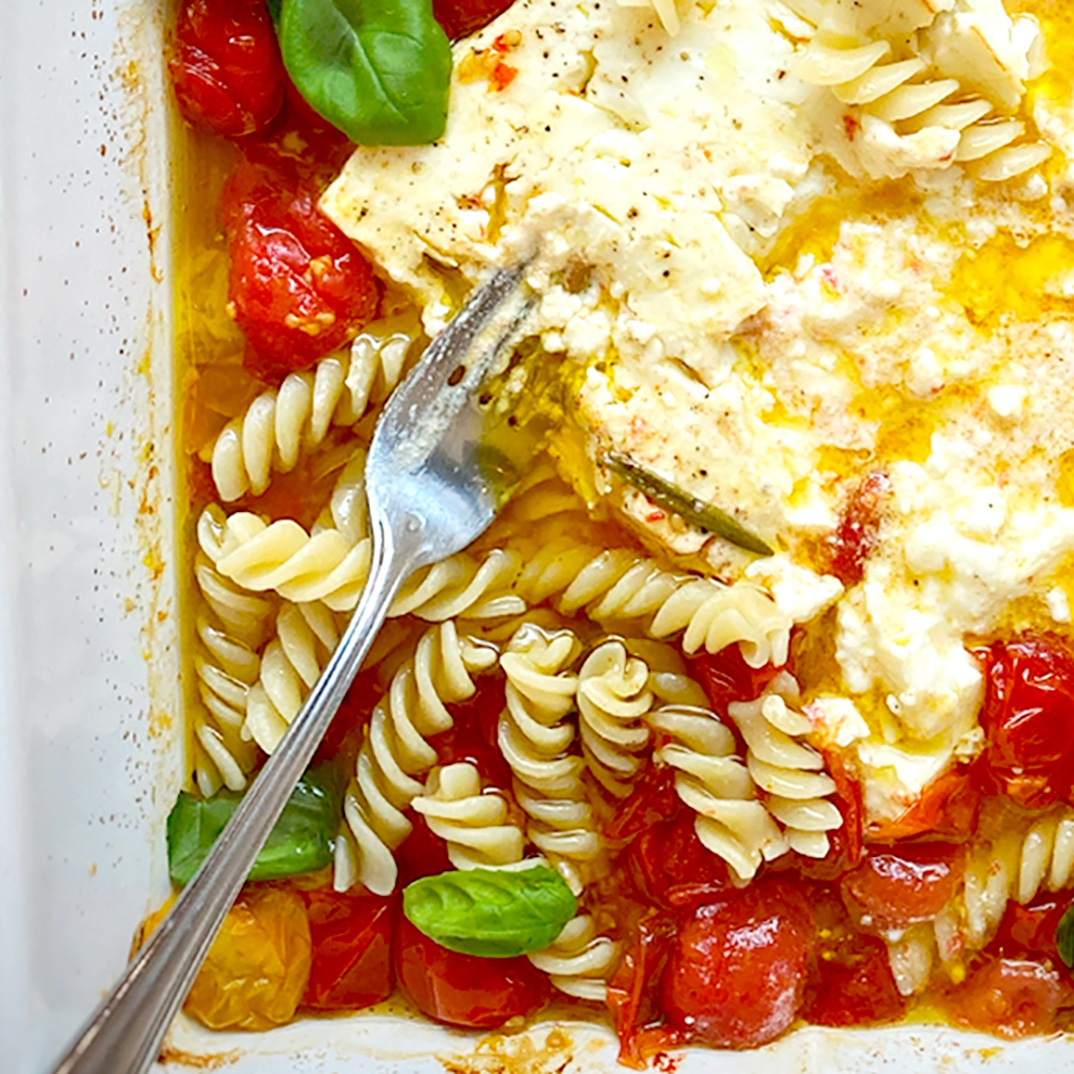 Pâtes à la feta et aux tomates cerises