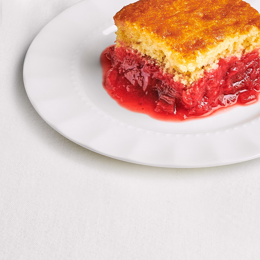 Strawberry-Rhubarb Pudding Cake