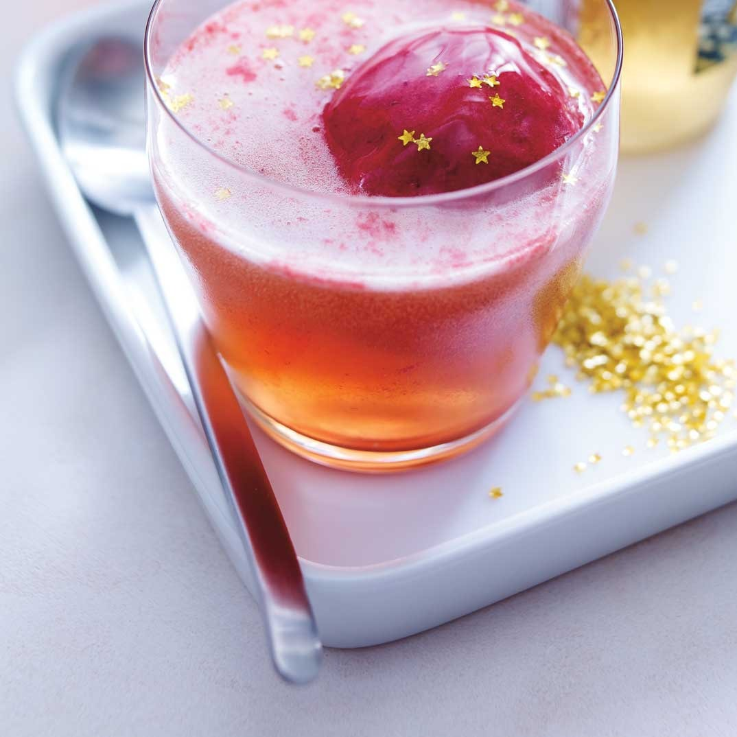Raspberry and Ginger Ale Float