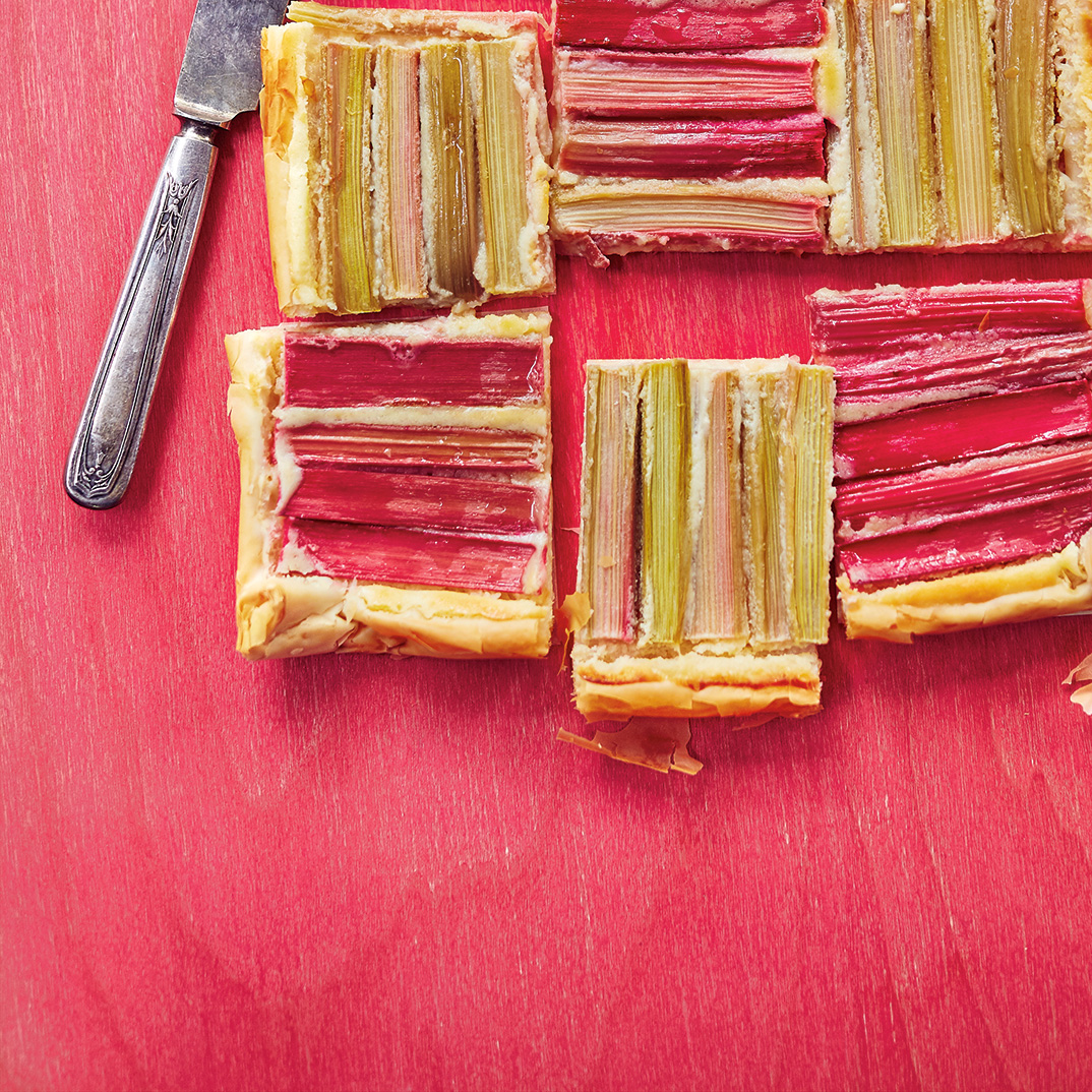 Rhubarb and Cream Cheese Pastry