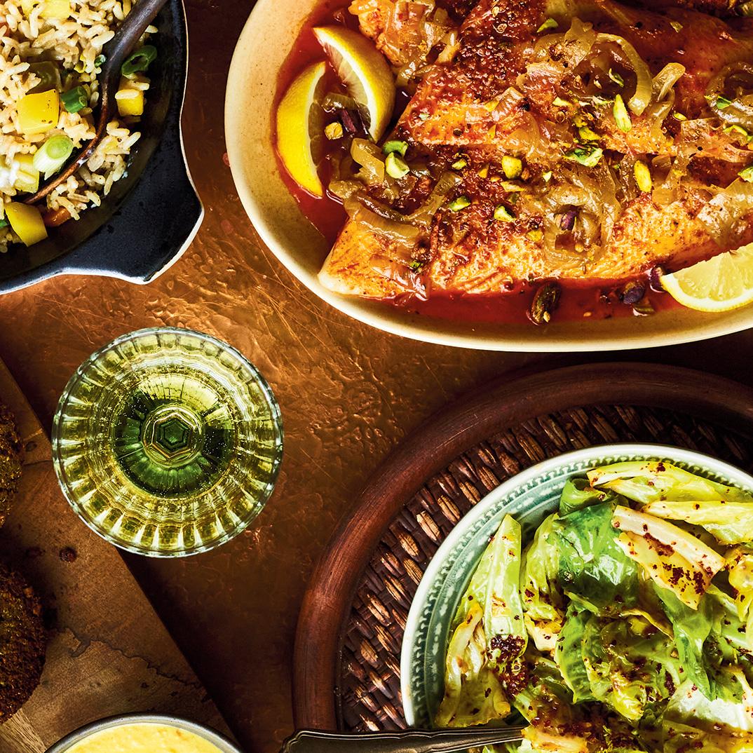 Filets de poisson rôtis aux saveurs portugaises et sofrito d'oignon d'Ethné de Vienne