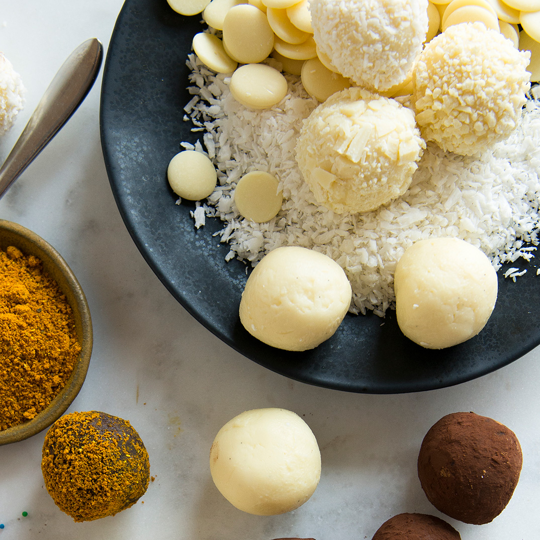 Snowballs (White Chocolate and Coconut Truffles)