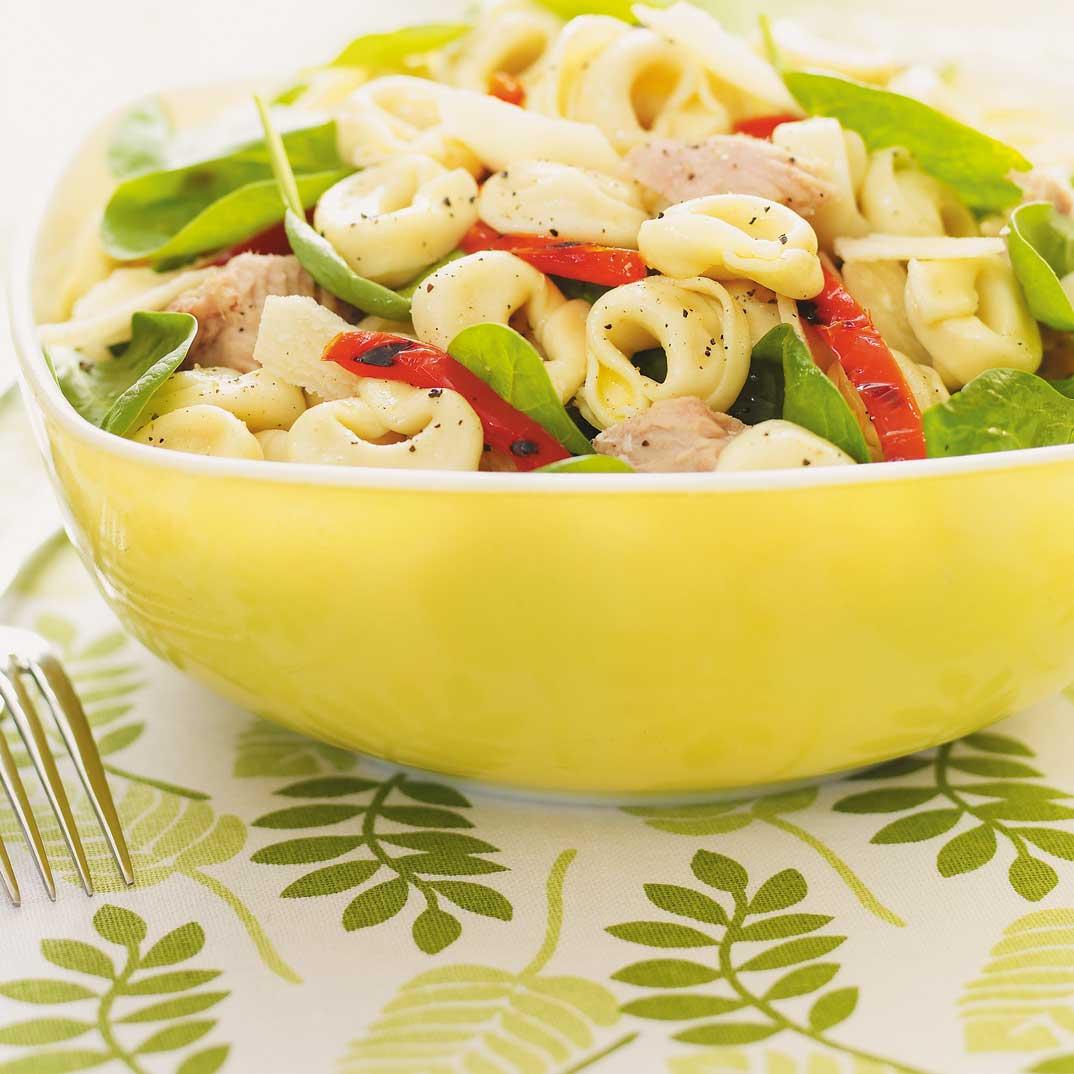 Salade de tortellinis au thon et aux épinards